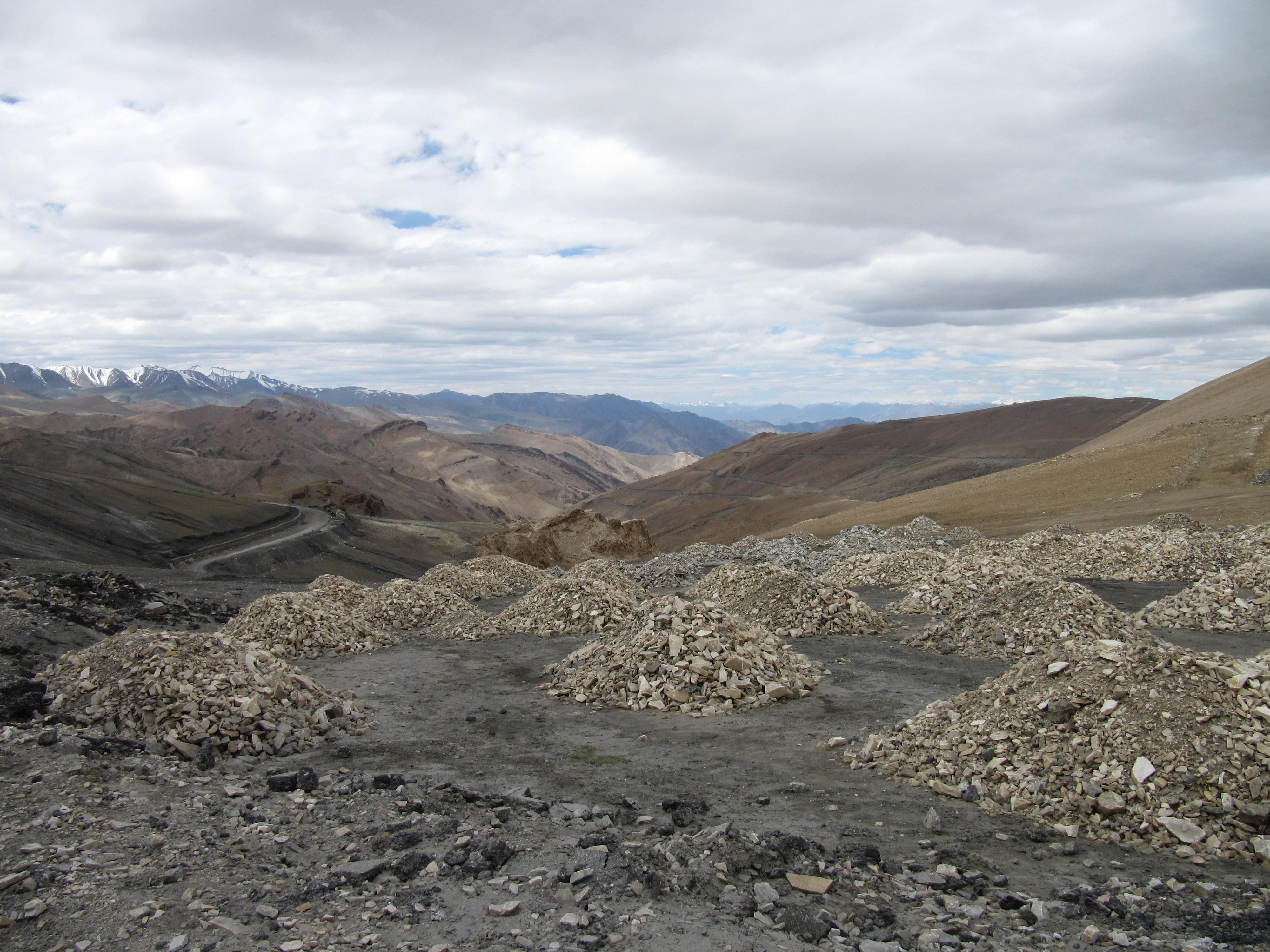 Paysage vers Leh, Inde, 4 juillet 2013