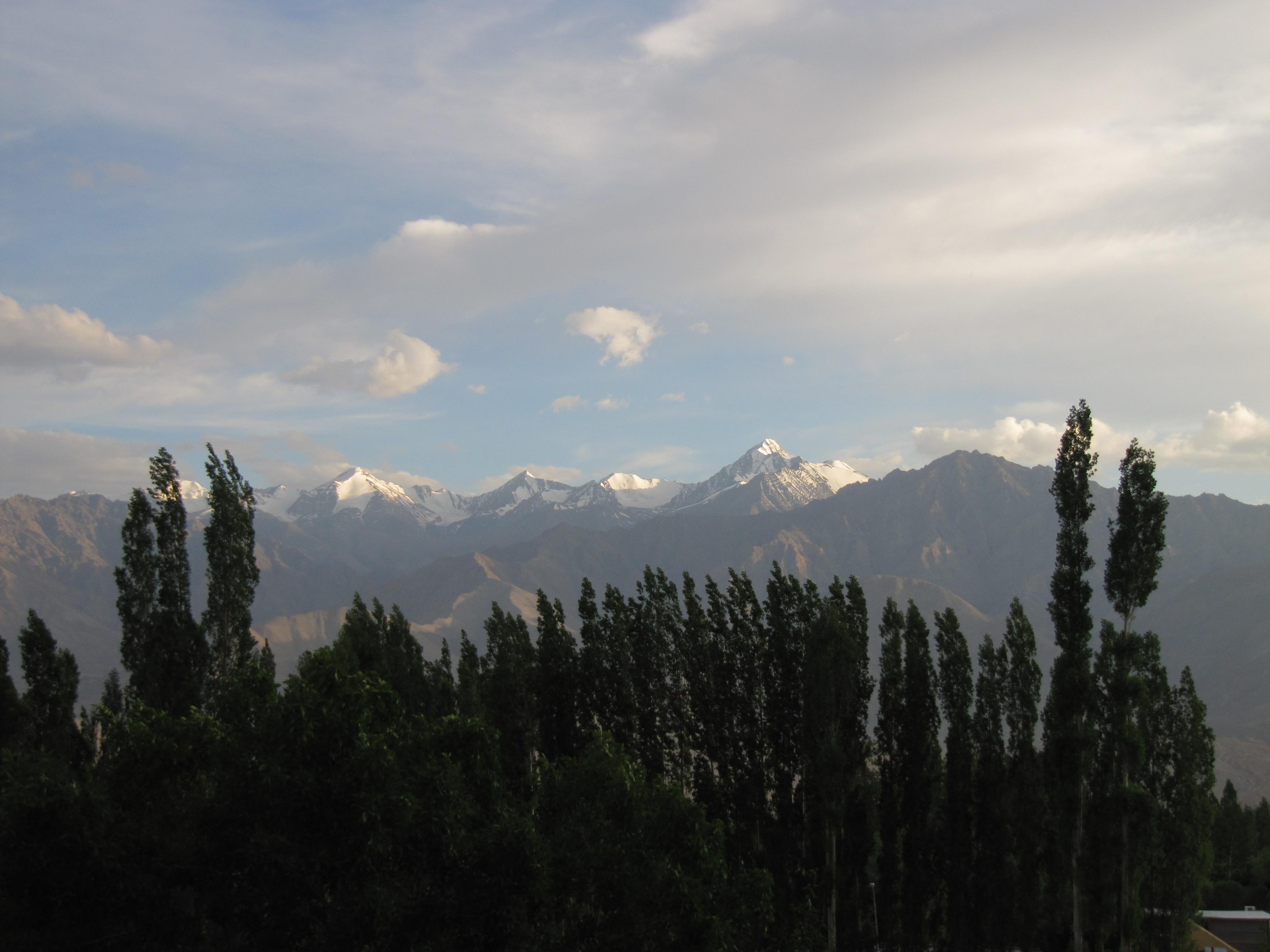 Snowline, Leh, Inde, 5 juillet 2013