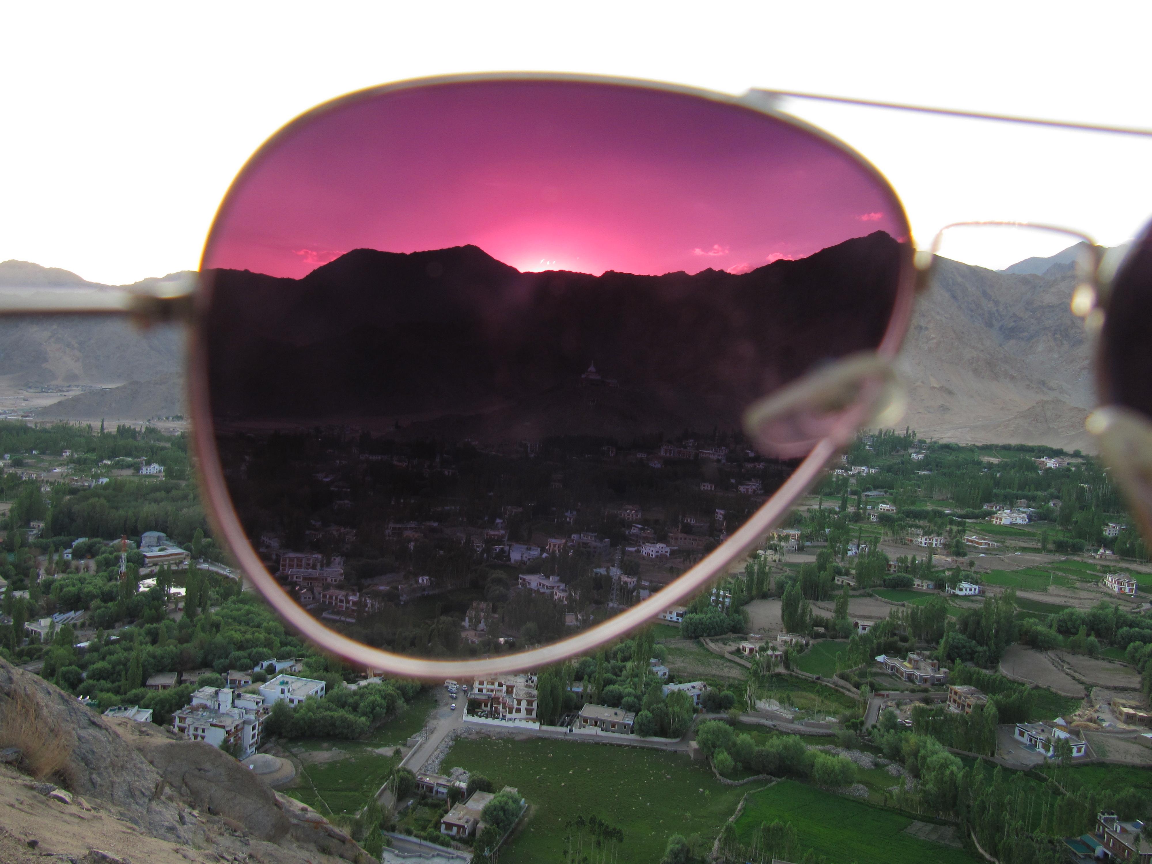 Coucher de soleil, Leh, Inde, 6 juillet 2013